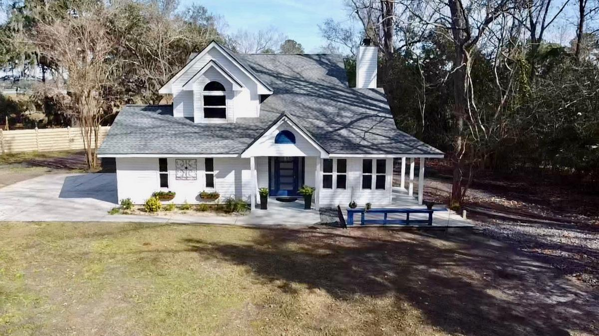 2194 Pierpont Avenue Charleston, SC 29414