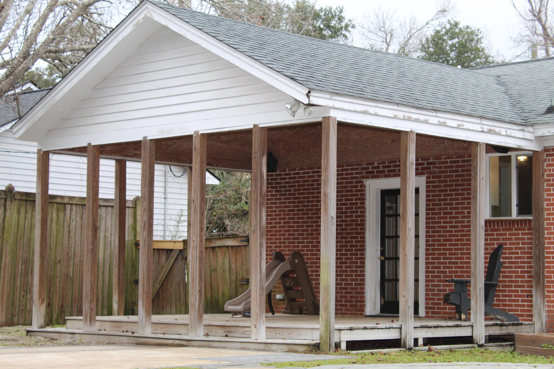Old Mt Pleasant Homes For Sale - 1469 Barbara, Mount Pleasant, SC - 2
