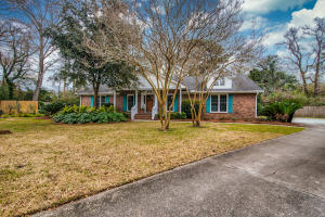 725  Osprey Court  Mount Pleasant, SC 29464