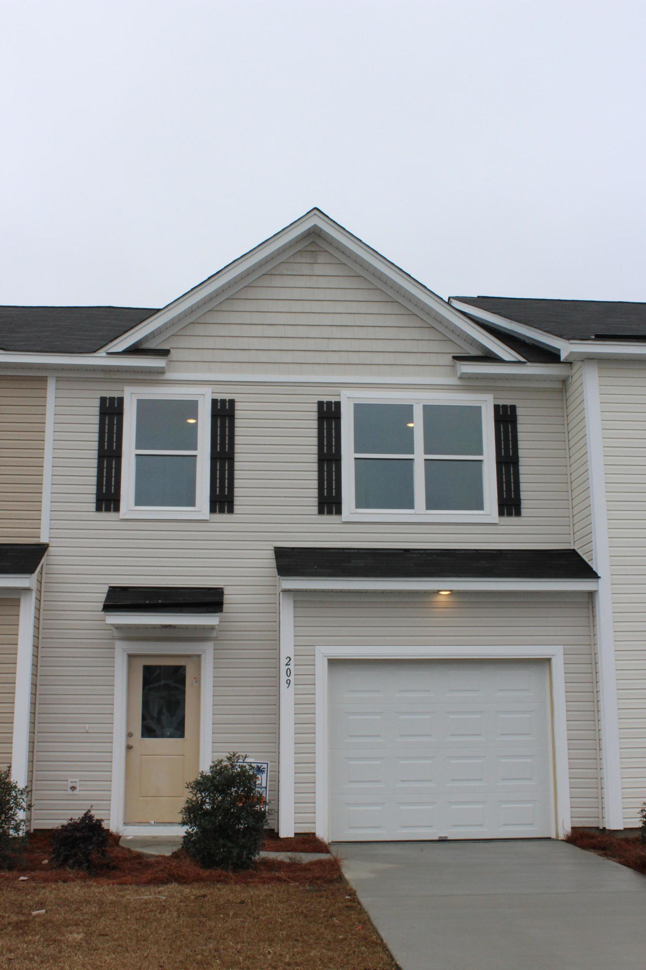 209 Kirkland Street UNIT #100 Goose Creek, SC 29445