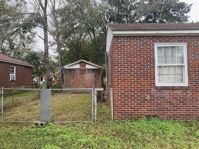 2808 Martha Drive North Charleston, SC 29405