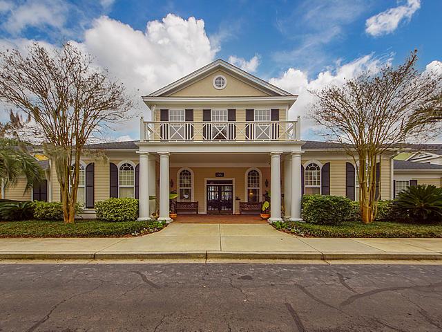 Southampton Pointe Homes For Sale - 1731 Chatelain, Mount Pleasant, SC - 2