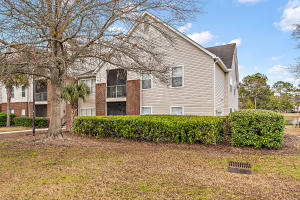 2011 N Highway 17  1900s Mount Pleasant, SC 29466