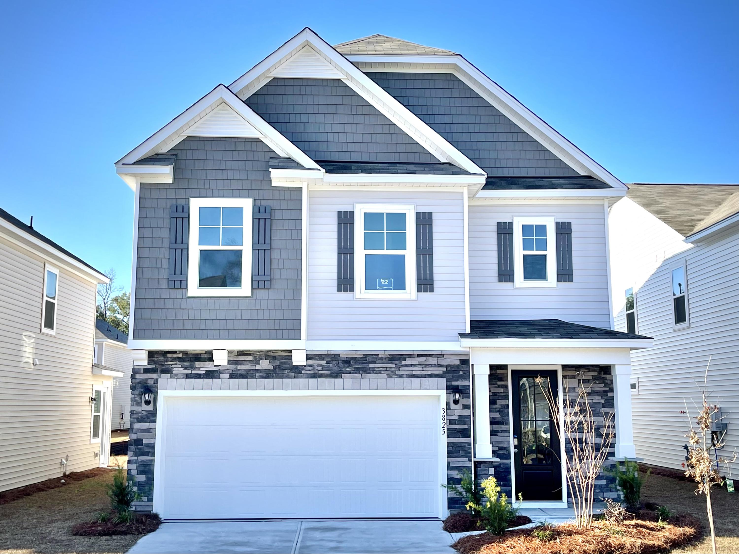 3825 Sawmill Court Mount Pleasant, SC 29466