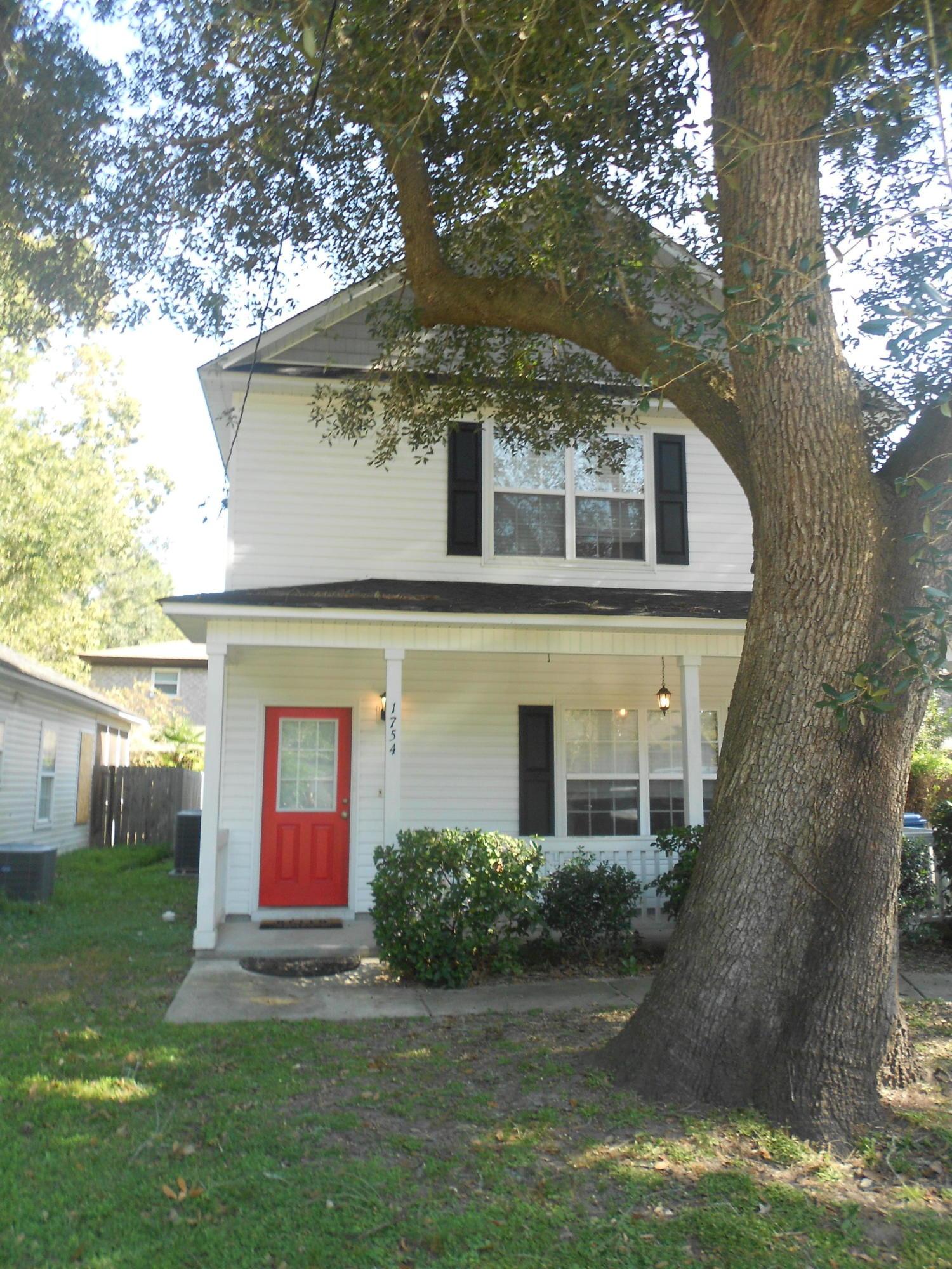 1754 Jervey Avenue Charleston, SC 29407