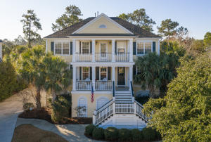 2741  Oak Manor Drive  Mount Pleasant, SC 29466