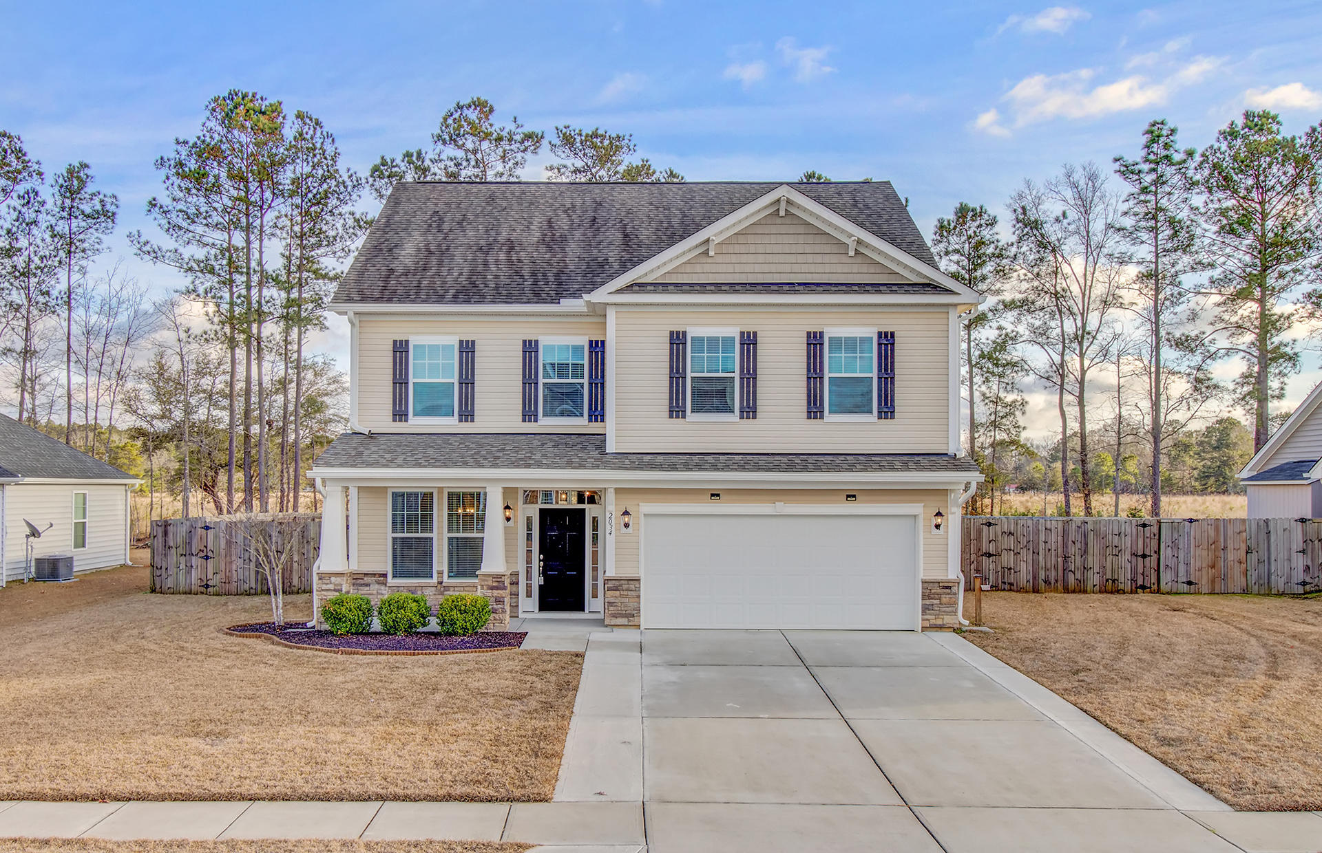 2034 Triple Crown Lane Ridgeville, SC 29472