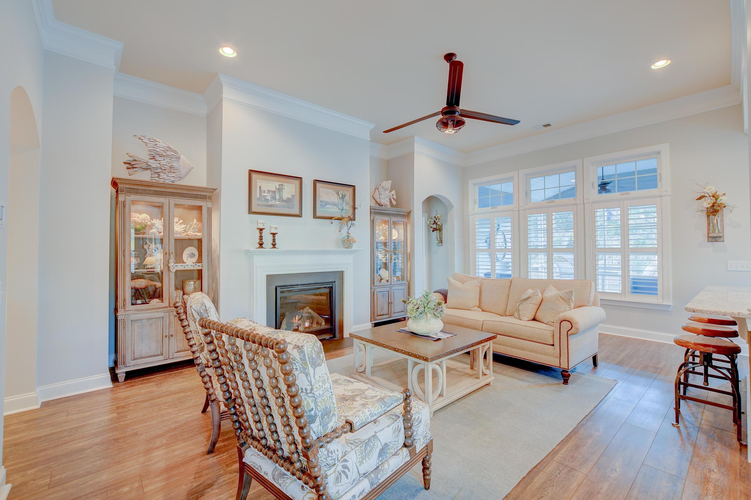 Tupelo Plantation Homes For Sale - 1039 Banker, Mount Pleasant, SC - 38