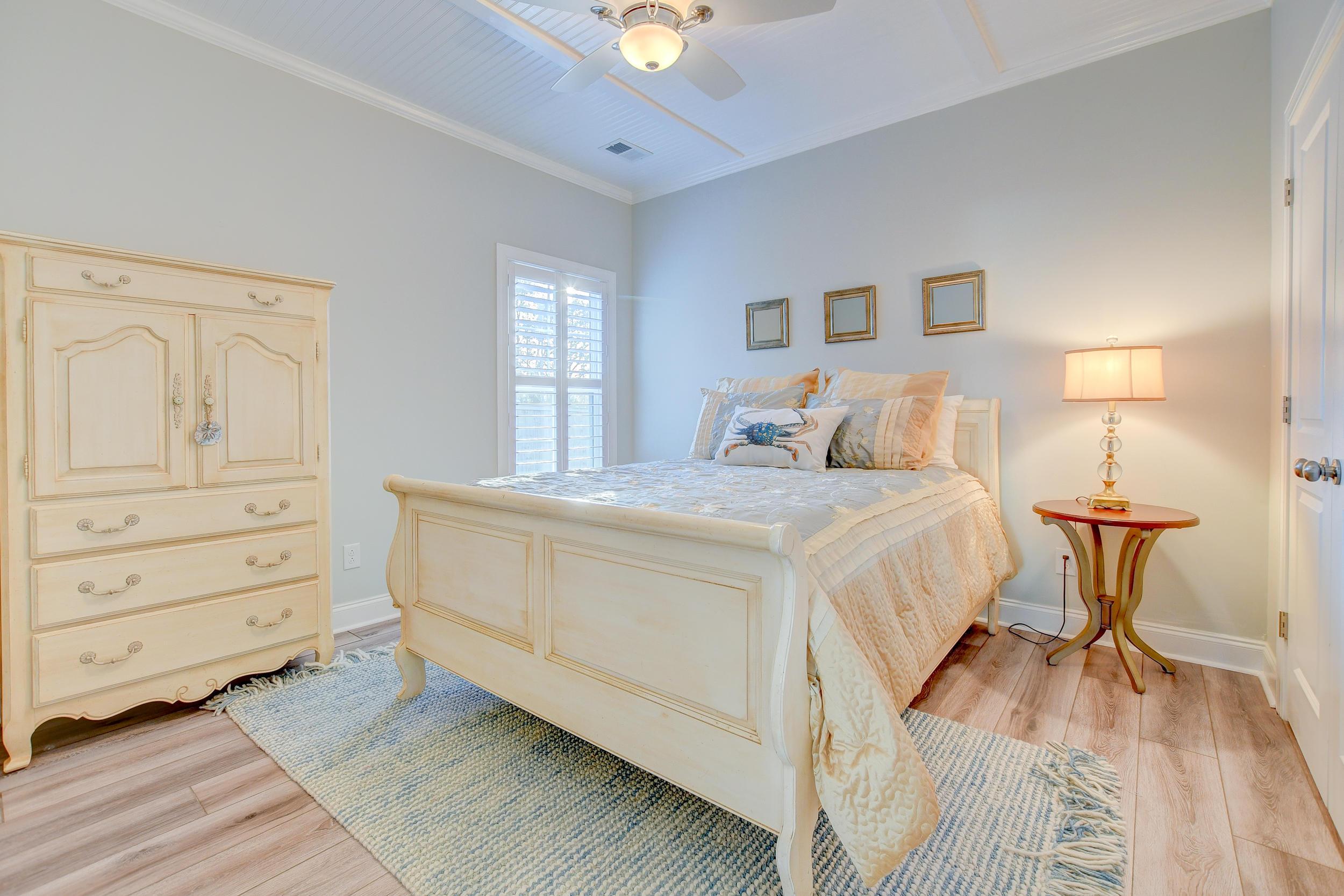 Tupelo Plantation Homes For Sale - 1039 Banker, Mount Pleasant, SC - 8