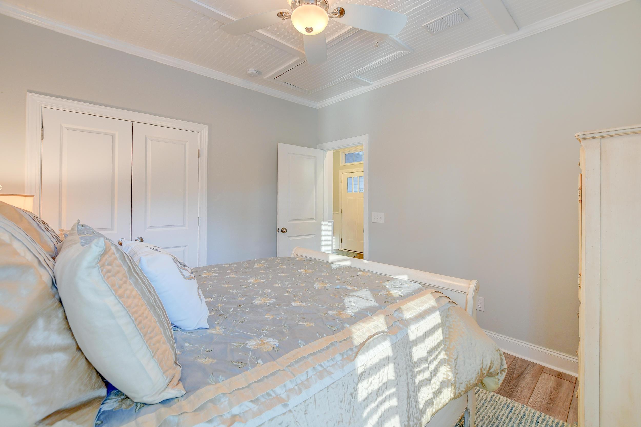 Tupelo Plantation Homes For Sale - 1039 Banker, Mount Pleasant, SC - 7