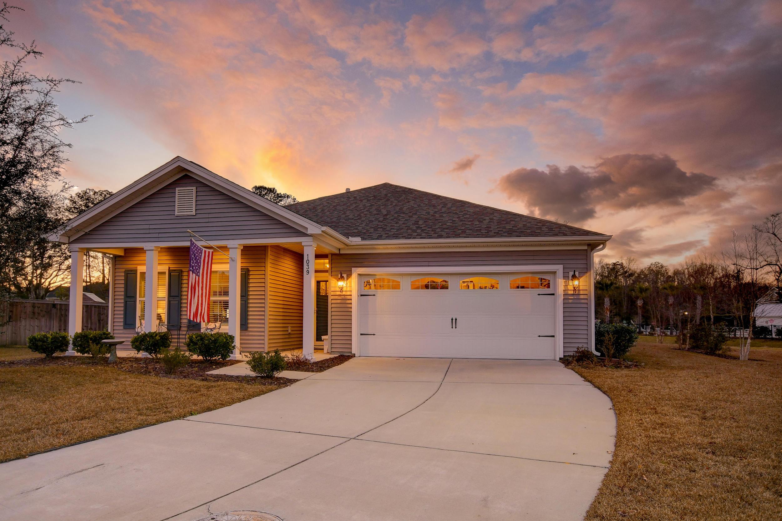 Tupelo Plantation Homes For Sale - 1039 Banker, Mount Pleasant, SC - 20