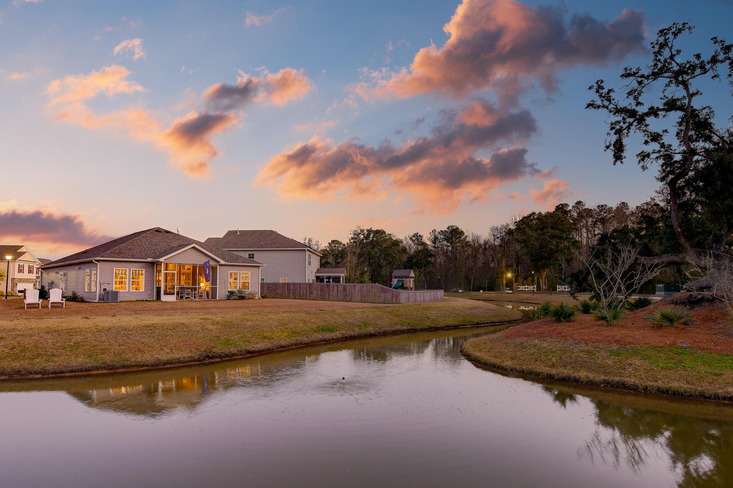 Tupelo Plantation Homes For Sale - 1039 Banker, Mount Pleasant, SC - 40