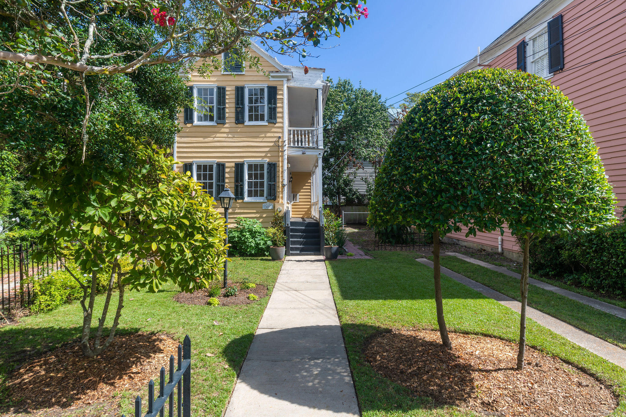 South of Broad Homes For Sale - 40 Savage, Charleston, SC - 0