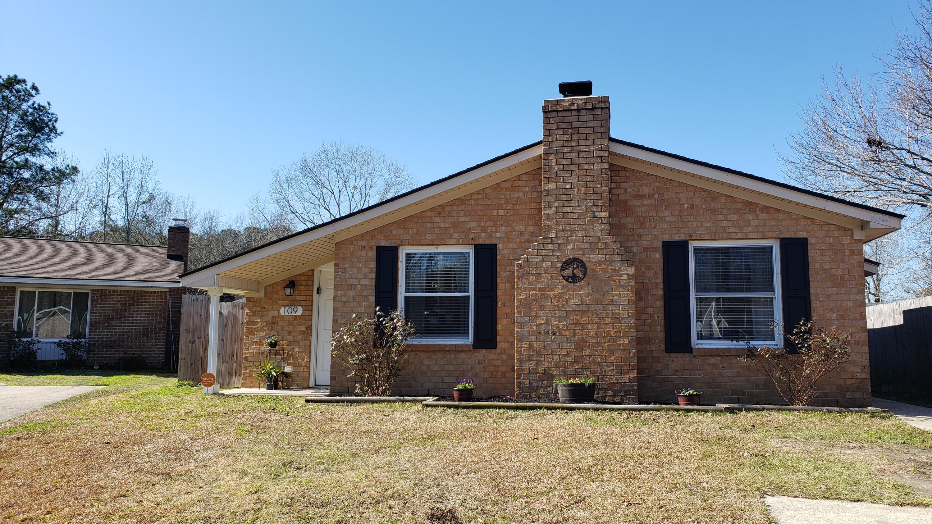 109 Briarwood Circle Goose Creek, SC 29445