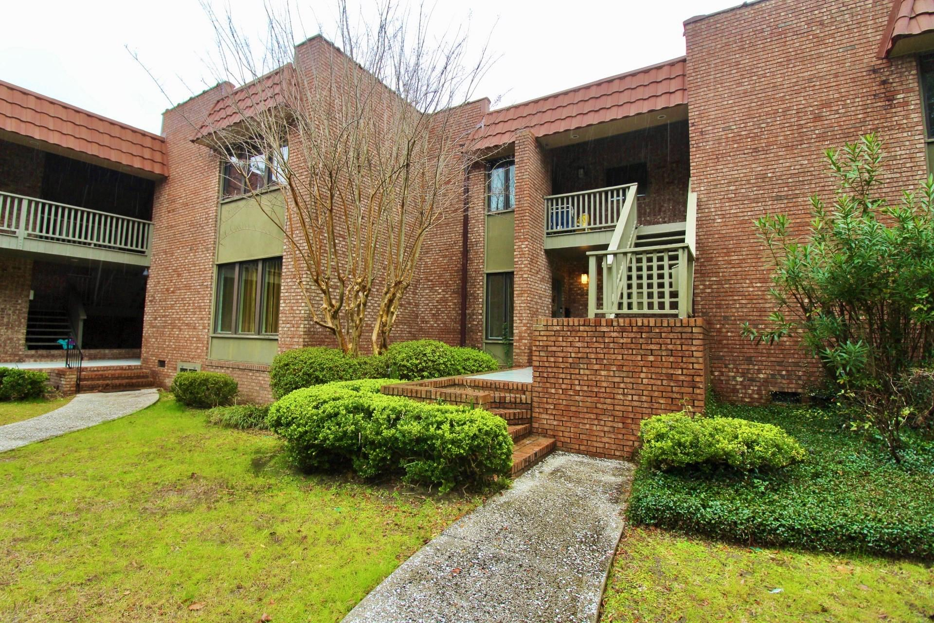 220 3rd Avenue UNIT 3a Charleston, SC 29403