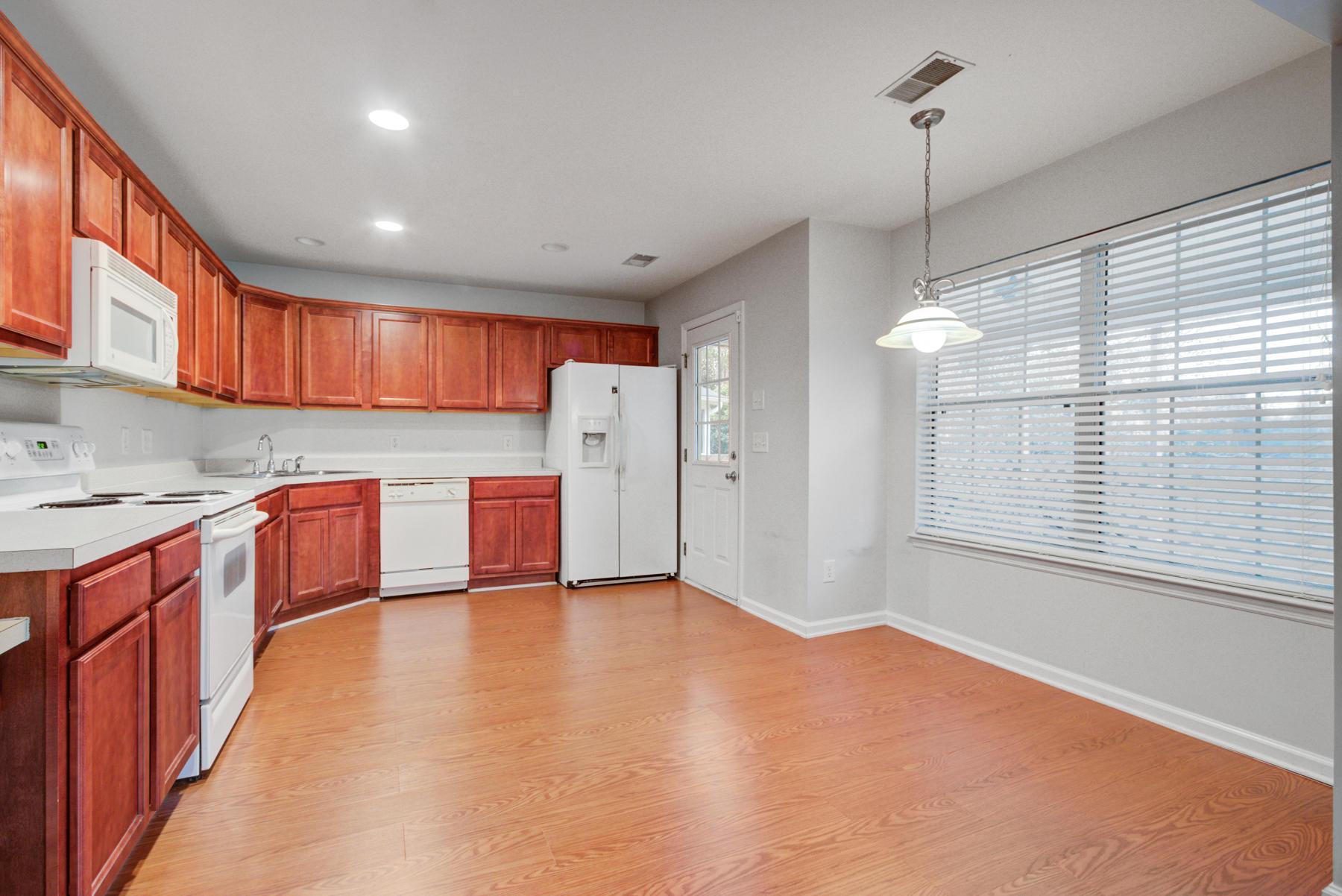Grand Oaks Plantation Homes For Sale - 564 Hainesworth, Charleston, SC - 2
