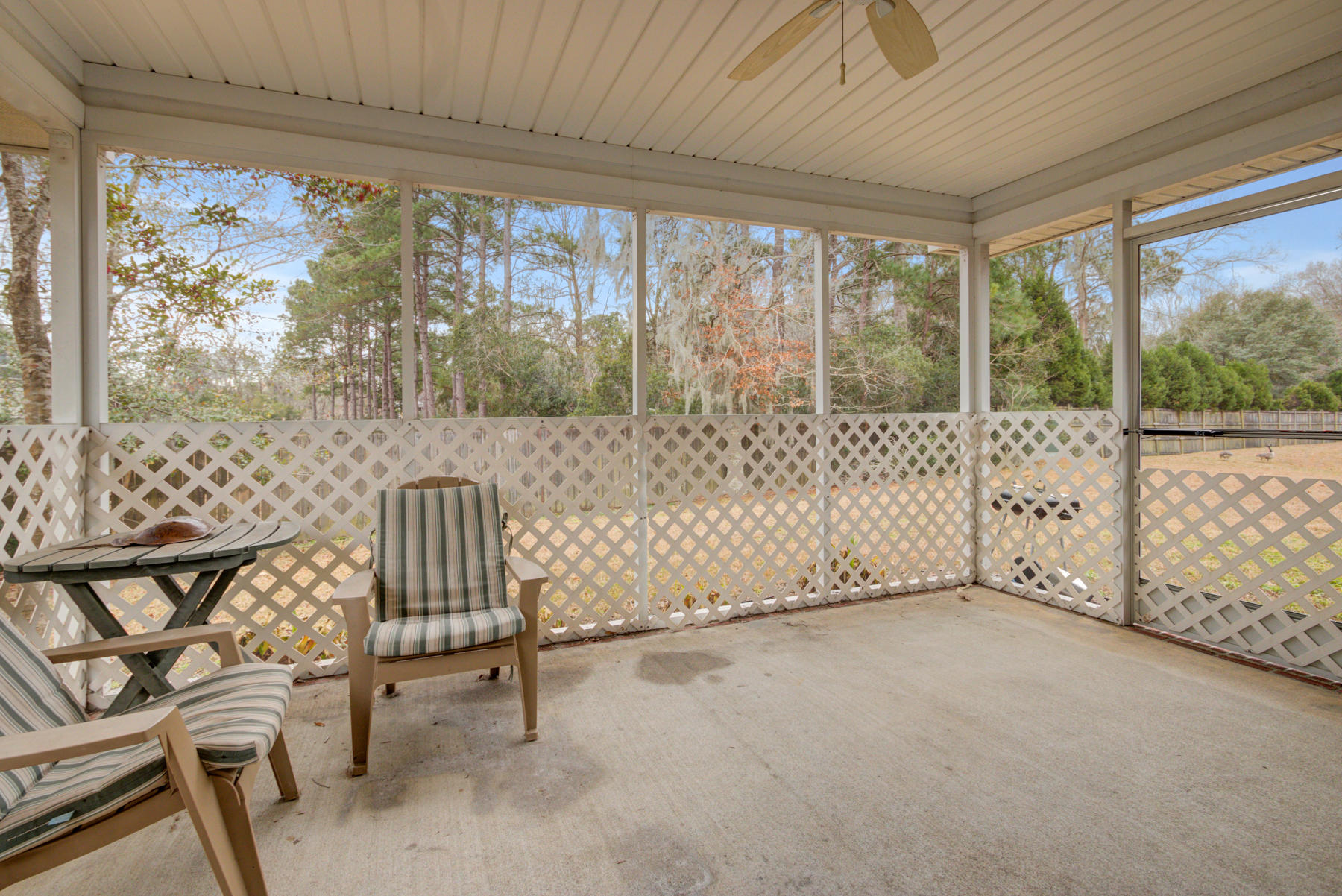 Grand Oaks Plantation Homes For Sale - 564 Hainesworth, Charleston, SC - 17