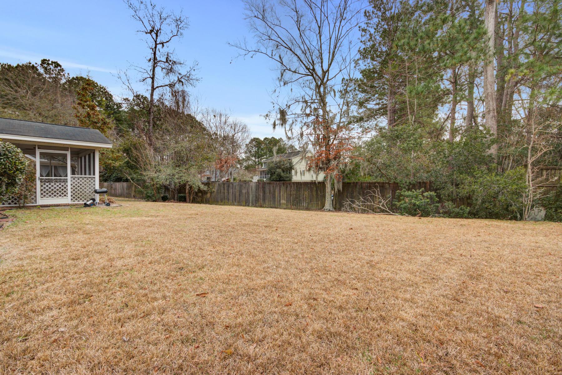 Grand Oaks Plantation Homes For Sale - 564 Hainesworth, Charleston, SC - 19