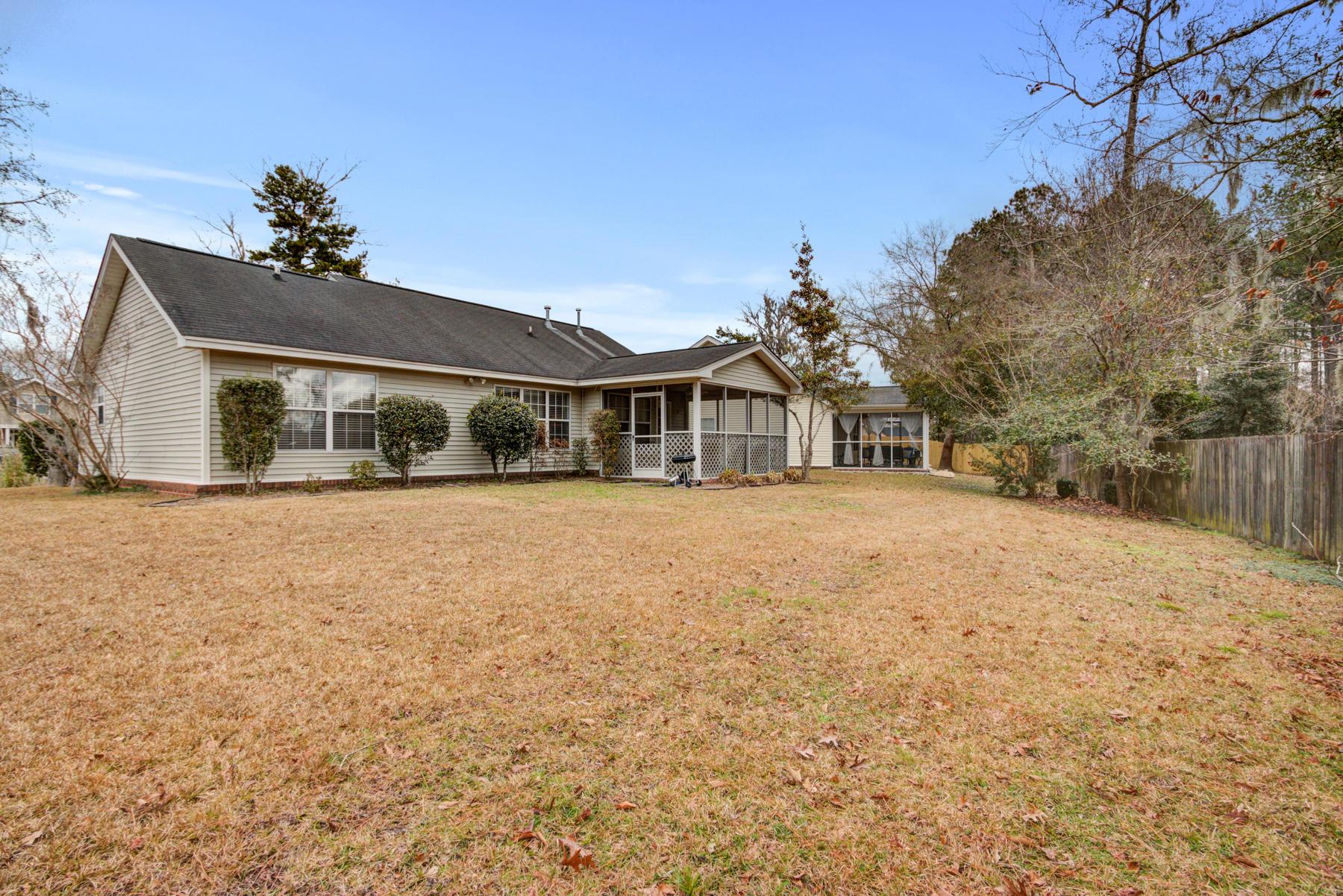 Grand Oaks Plantation Homes For Sale - 564 Hainesworth, Charleston, SC - 20