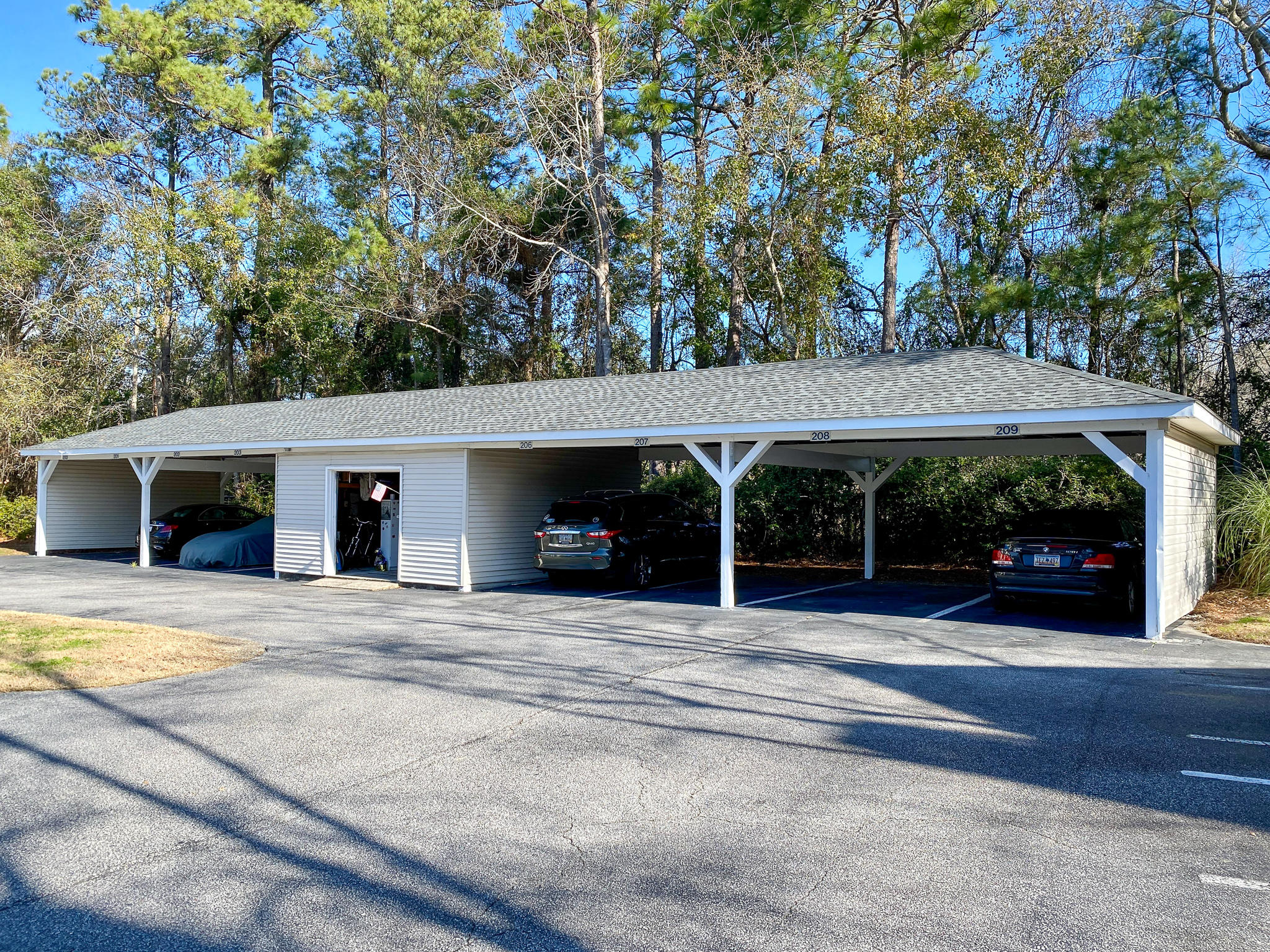 The Meridian Homes For Sale - 2011 Hwy 17, Mount Pleasant, SC - 9