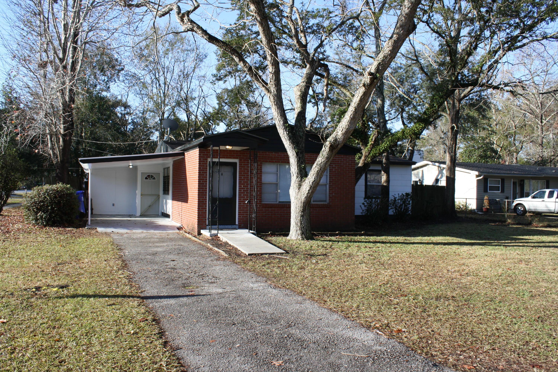 1803 Meadowlawn Drive Charleston, SC 29407