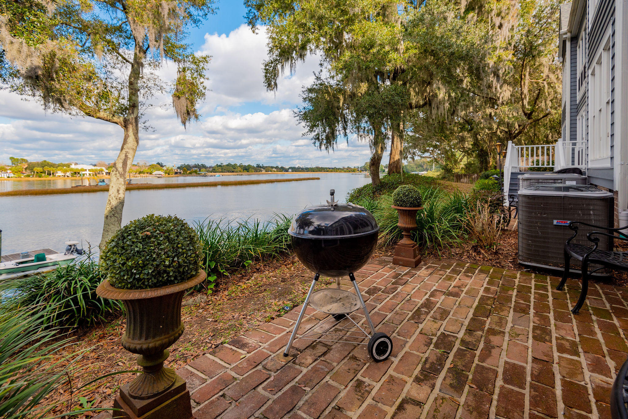 Waterfront Plantation Homes For Sale - 110 Waterfront Plantation, Charleston, SC - 64