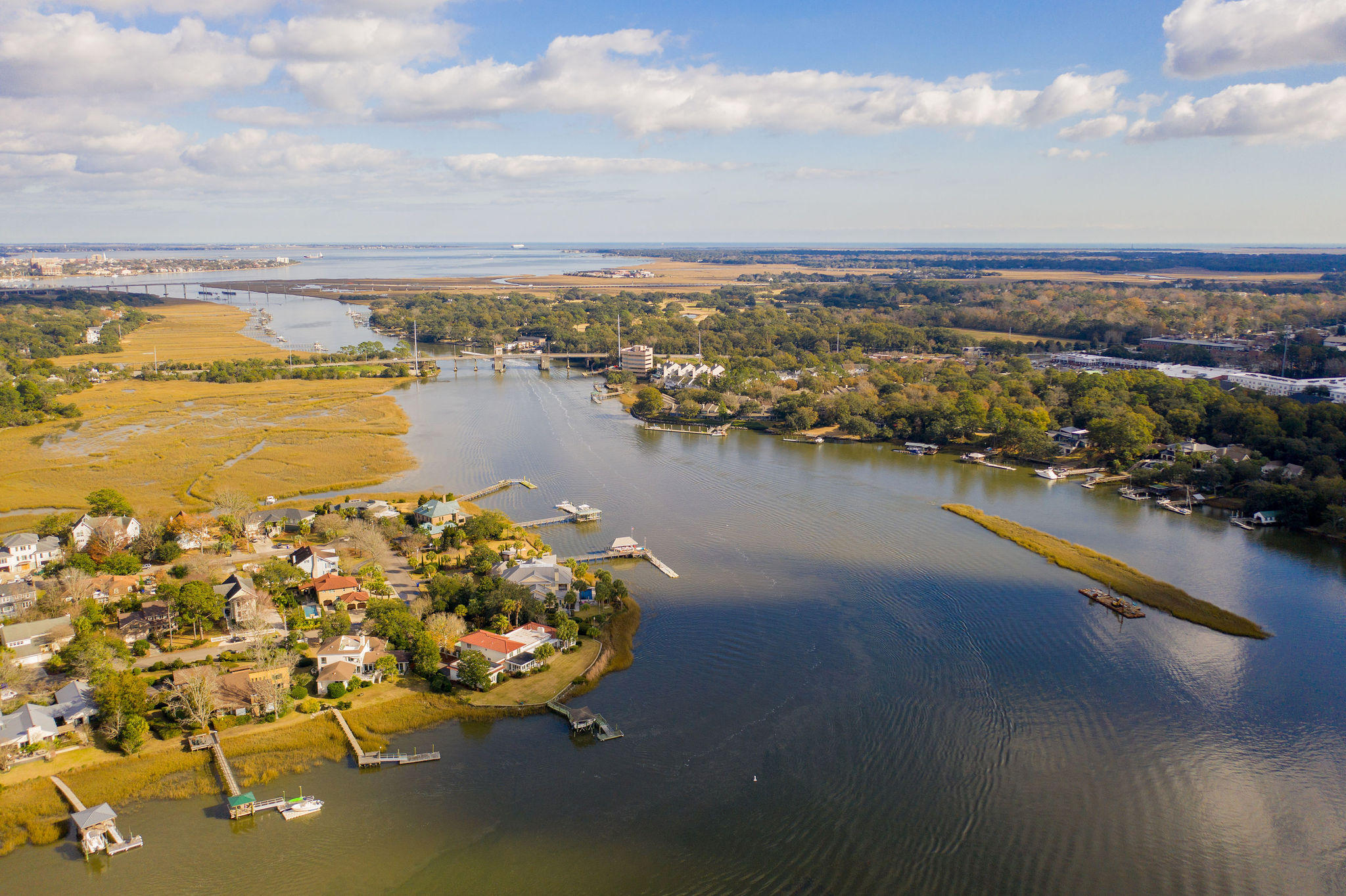 Waterfront Plantation Homes For Sale - 110 Waterfront Plantation, Charleston, SC - 48