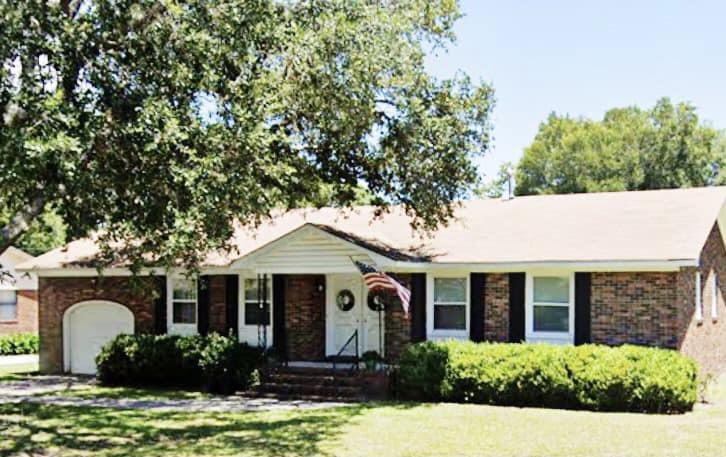 1203 Oakcrest Drive Charleston, SC 29412