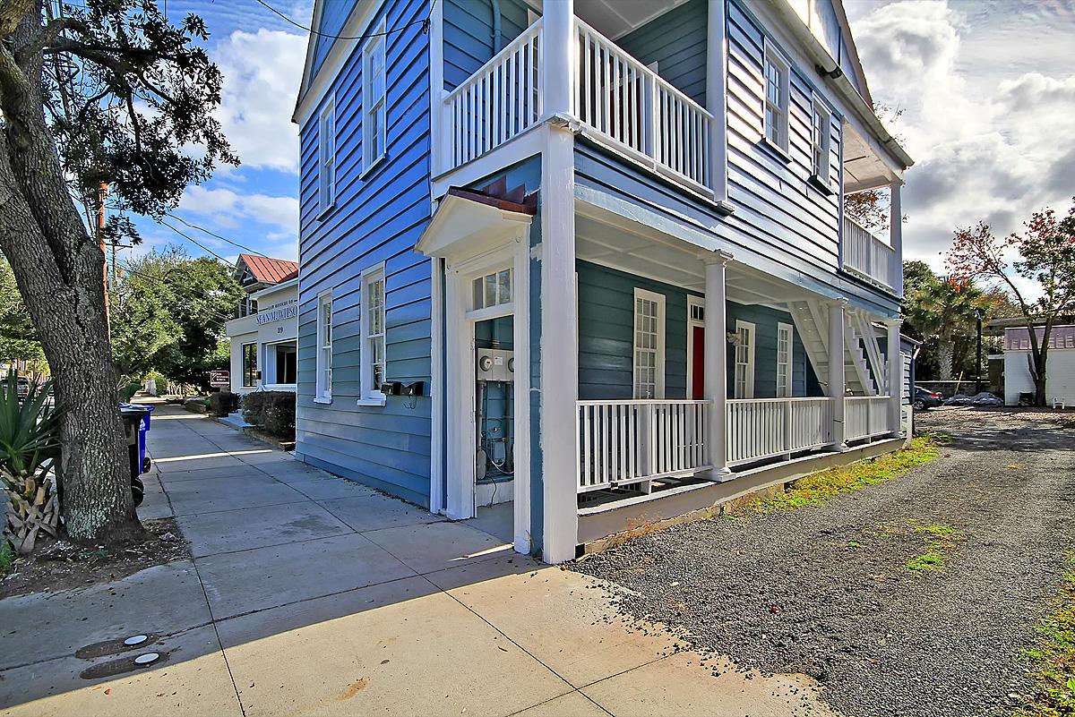 221 Calhoun Street Charleston, SC 29401