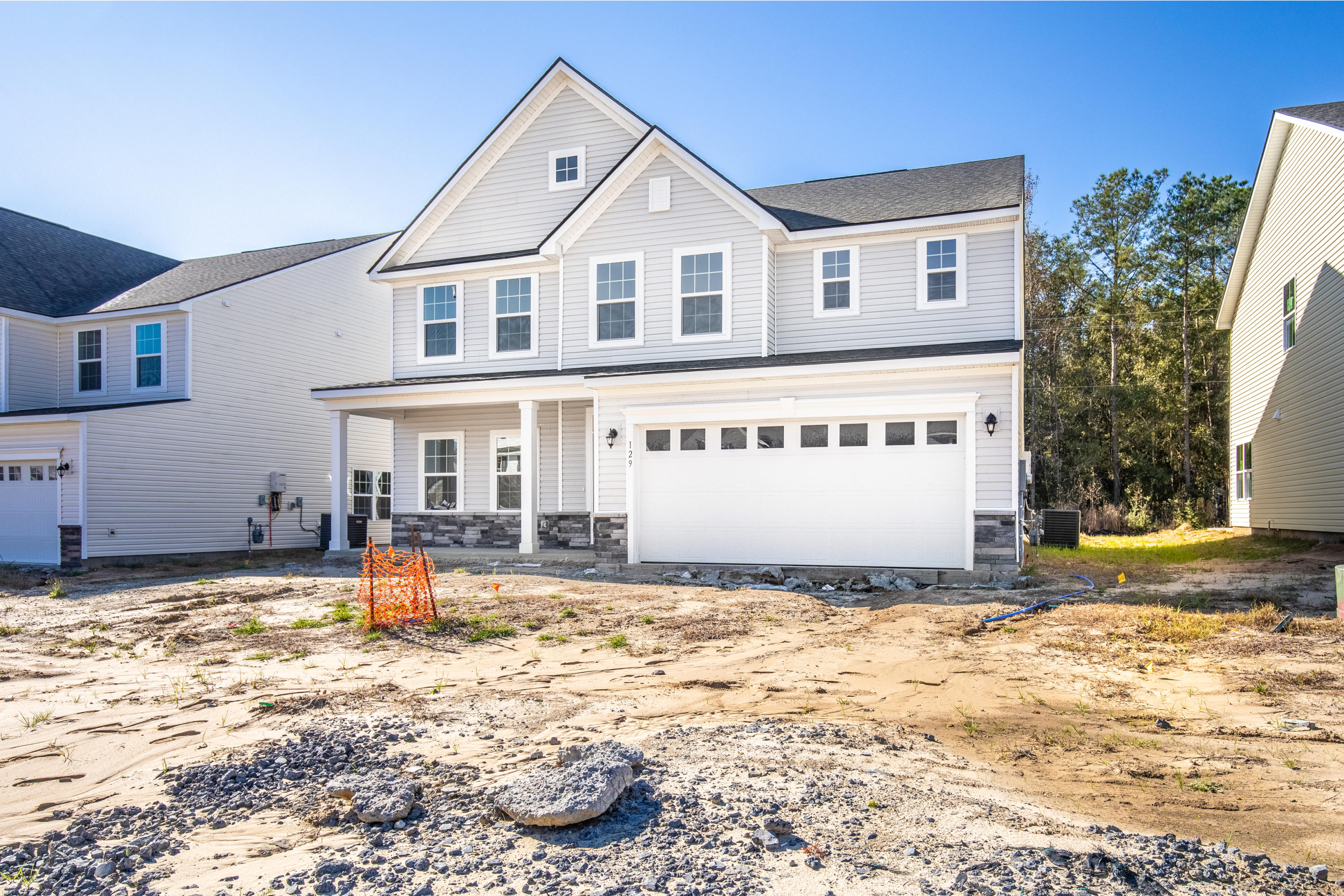 129 Country Oaks Road Wando, SC 29492