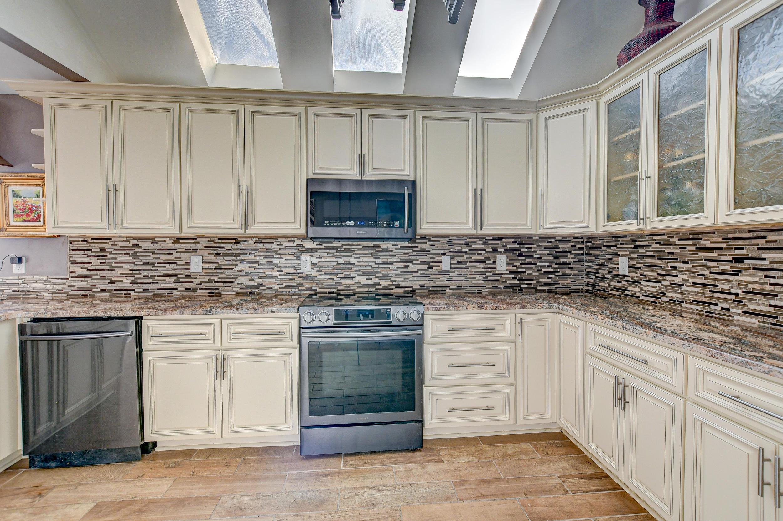 Shadowmoss Homes For Sale - 29 Oatly, Charleston, SC - 16