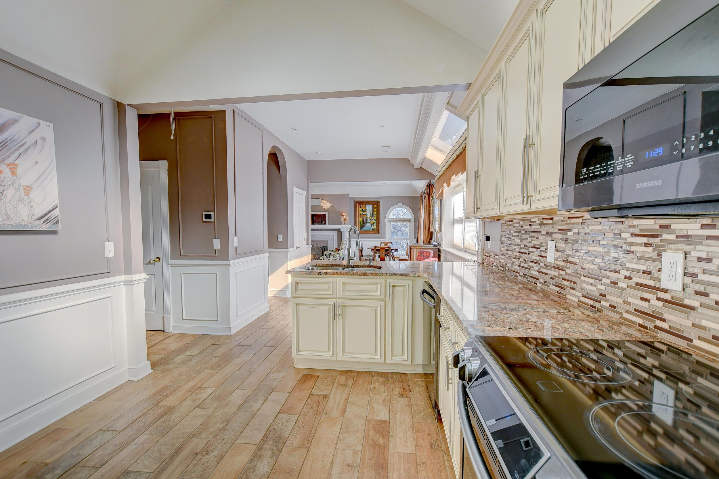 Shadowmoss Homes For Sale - 29 Oatly, Charleston, SC - 22