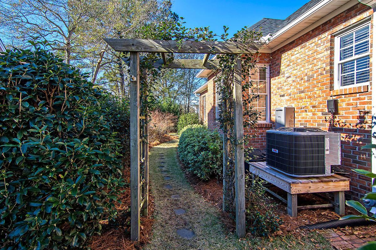 Planters Pointe Homes For Sale - 2219 Salt Wind, Mount Pleasant, SC - 10