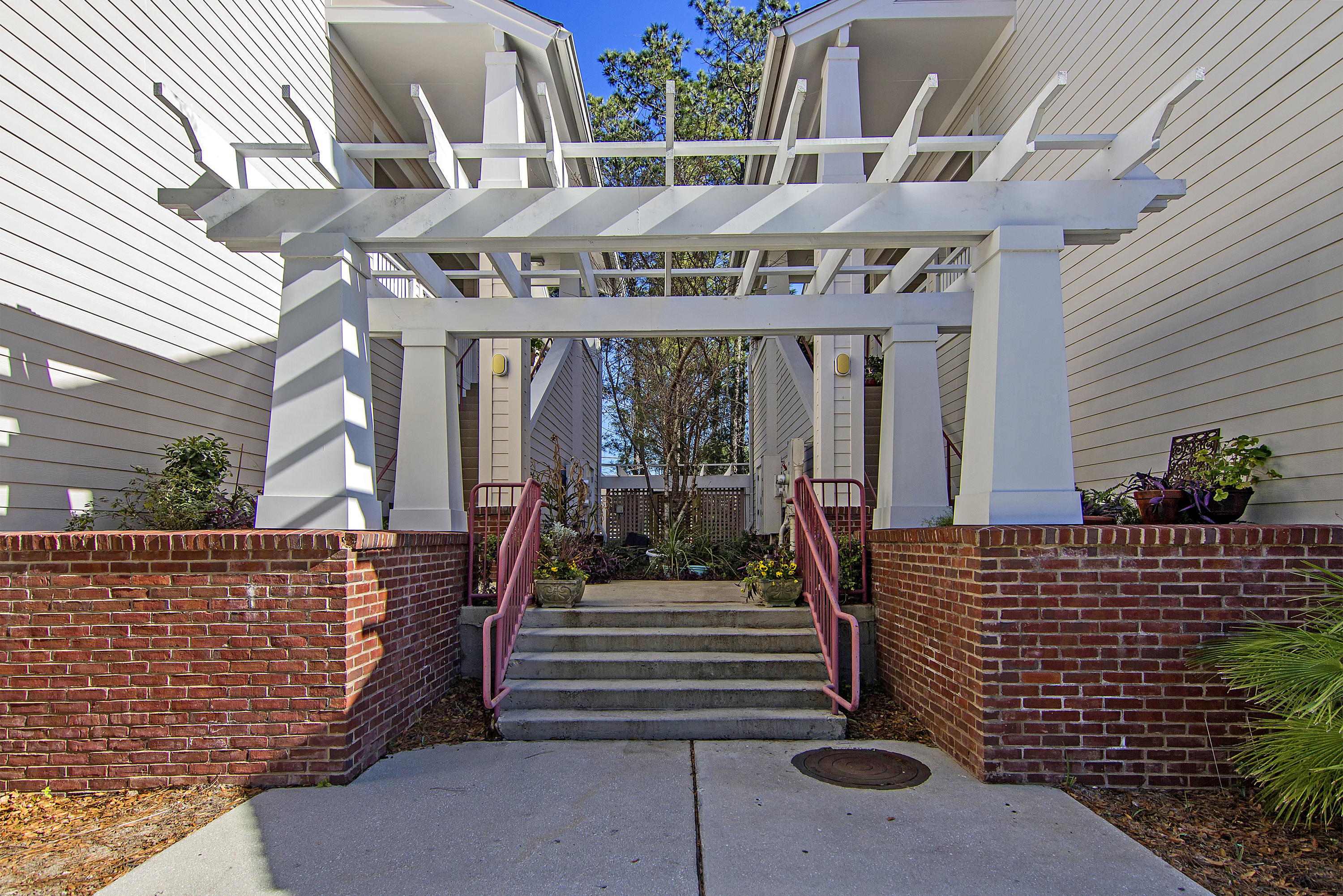 1905 Highway UNIT #320 Mount Pleasant, SC 29466