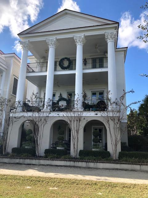 22 Fernandina Street Mount Pleasant, SC 29464