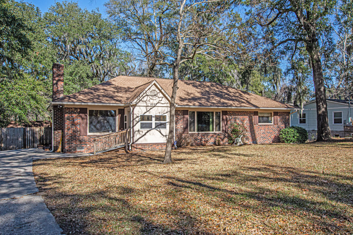 4644 Withers Drive North Charleston, SC 29405