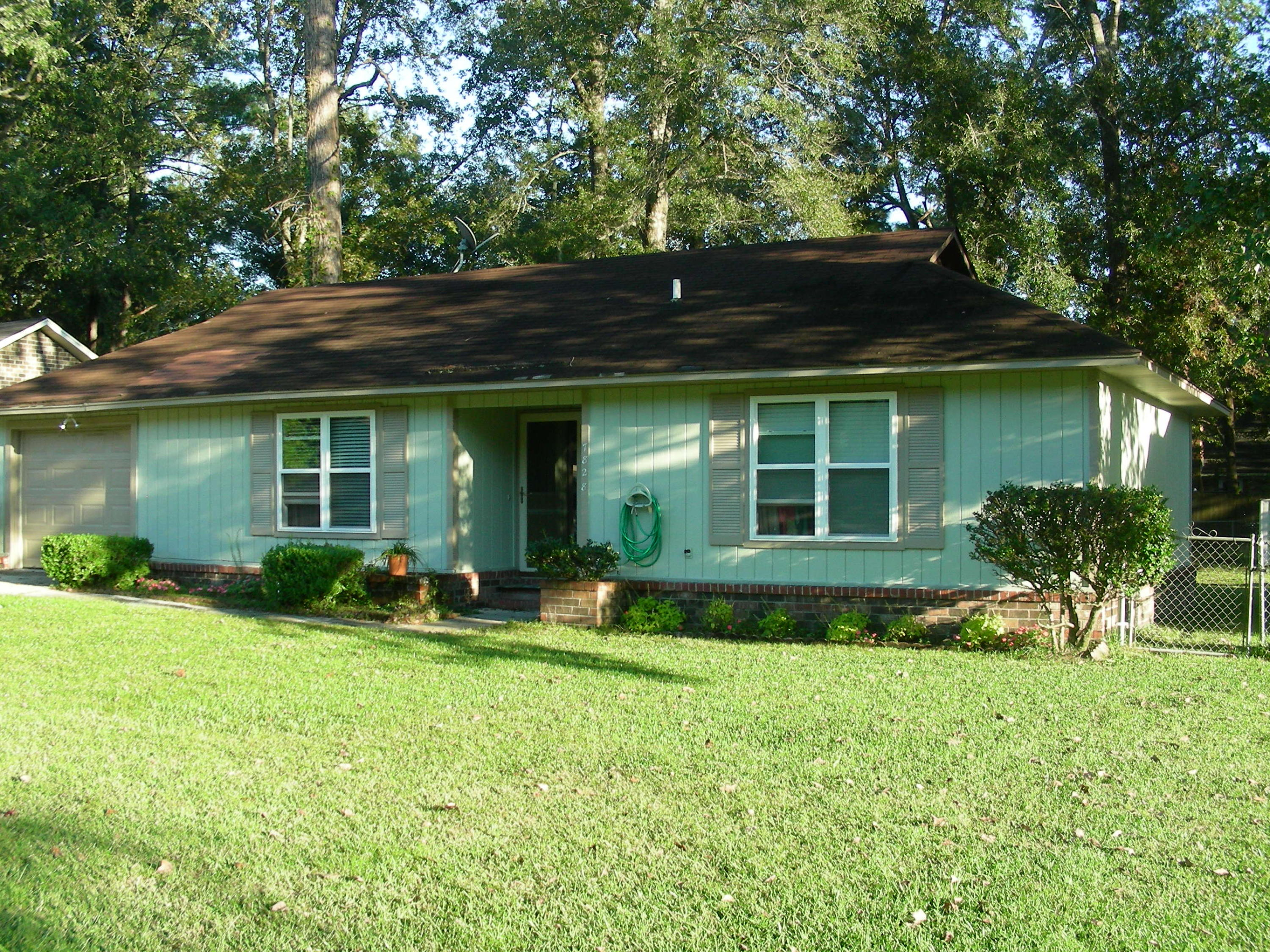 7828 Peppercorn Lane North Charleston, SC 29420