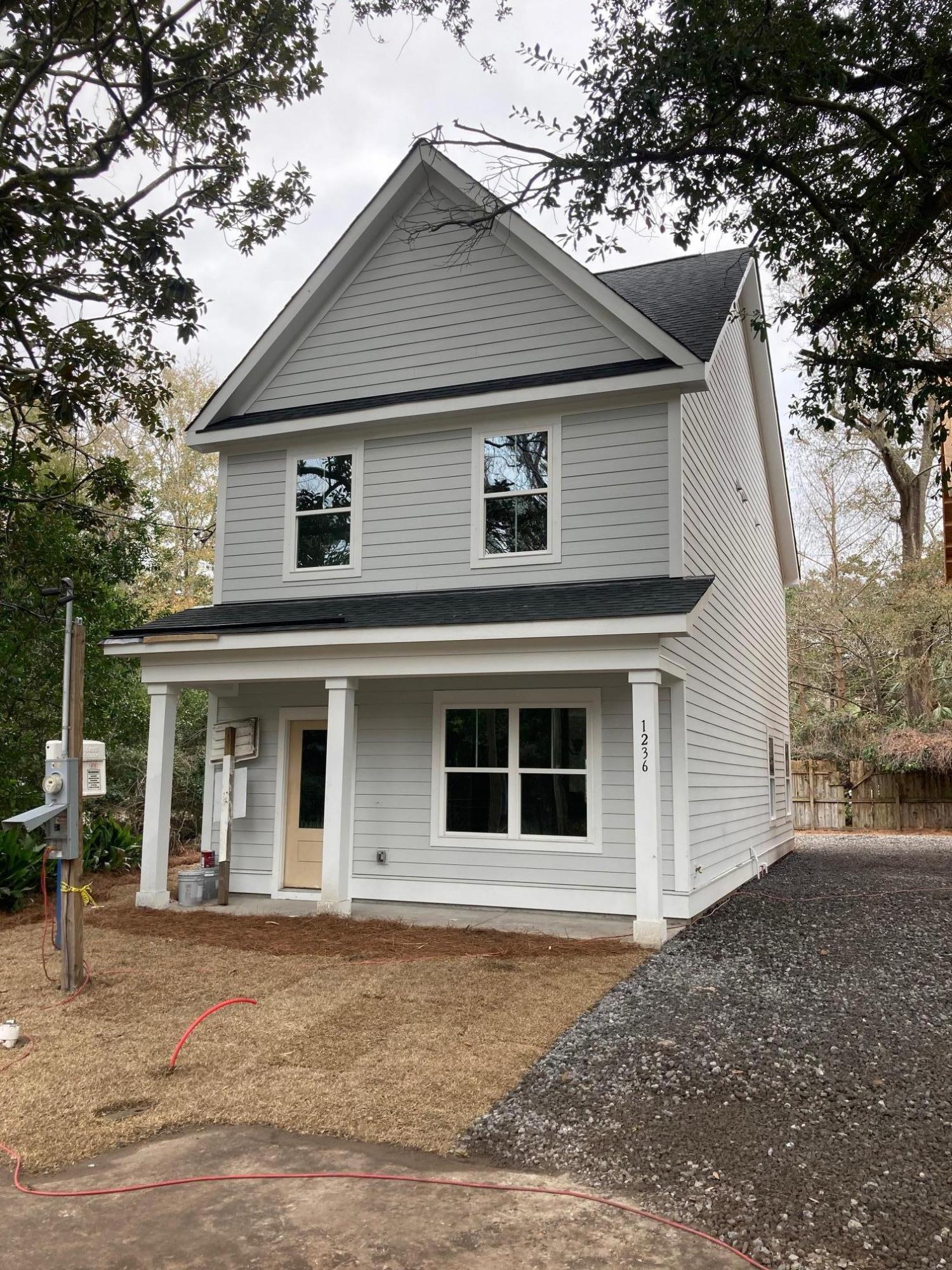 1236 Schirmer Street Mount Pleasant, SC 29464