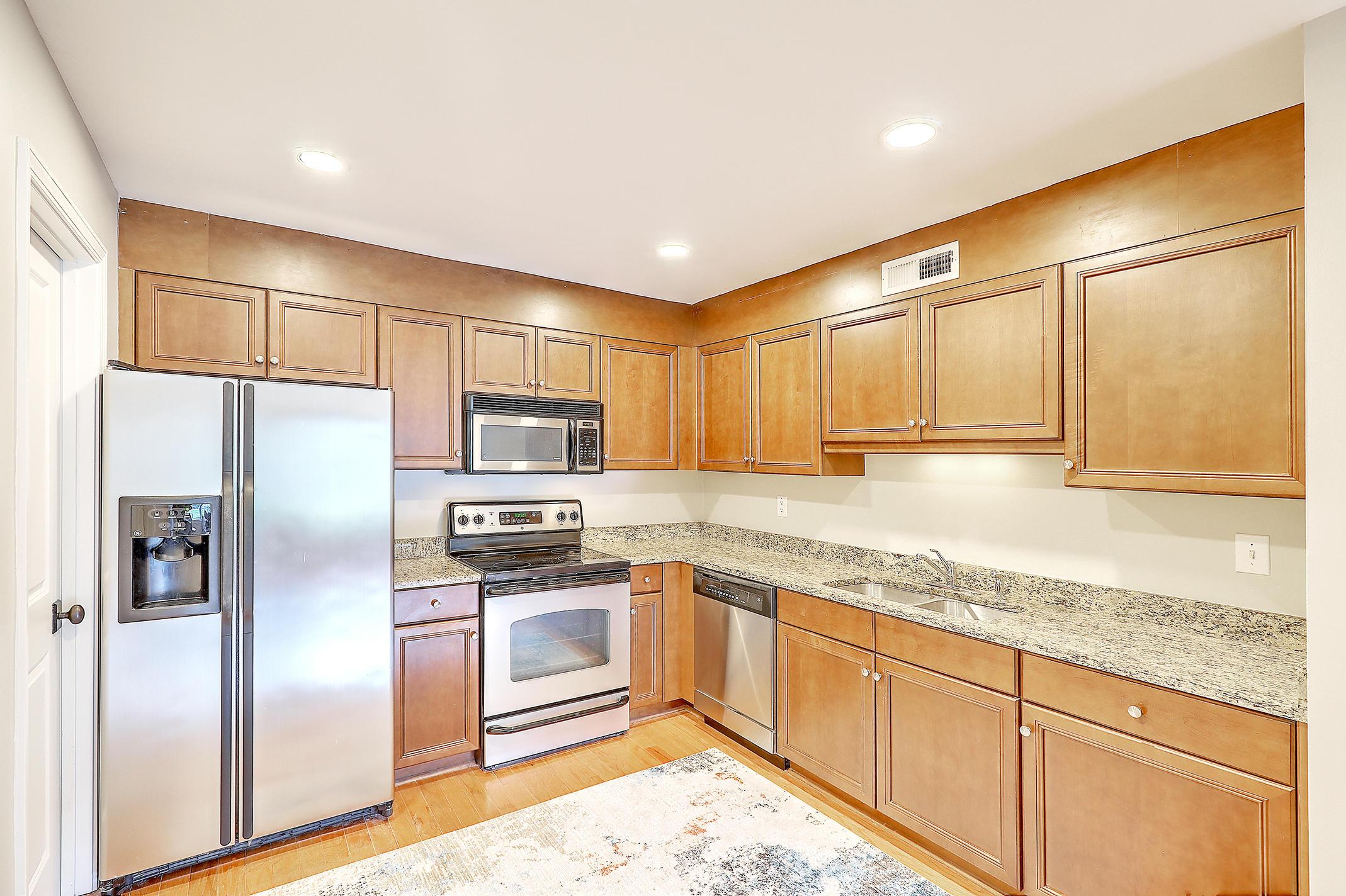 Village Oaks of Mt Pleasant Homes For Sale - 1240 Fairmont, Mount Pleasant, SC - 20