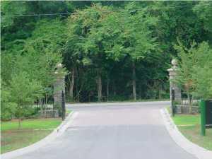 2092 Briar Bend Road Ridgeville, SC 29472