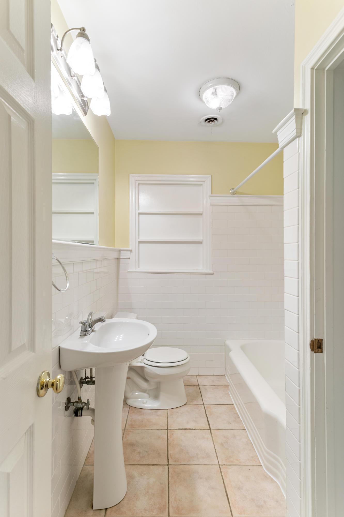 Dogwood Park Homes For Sale - 437 Cheves, Charleston, SC - 16