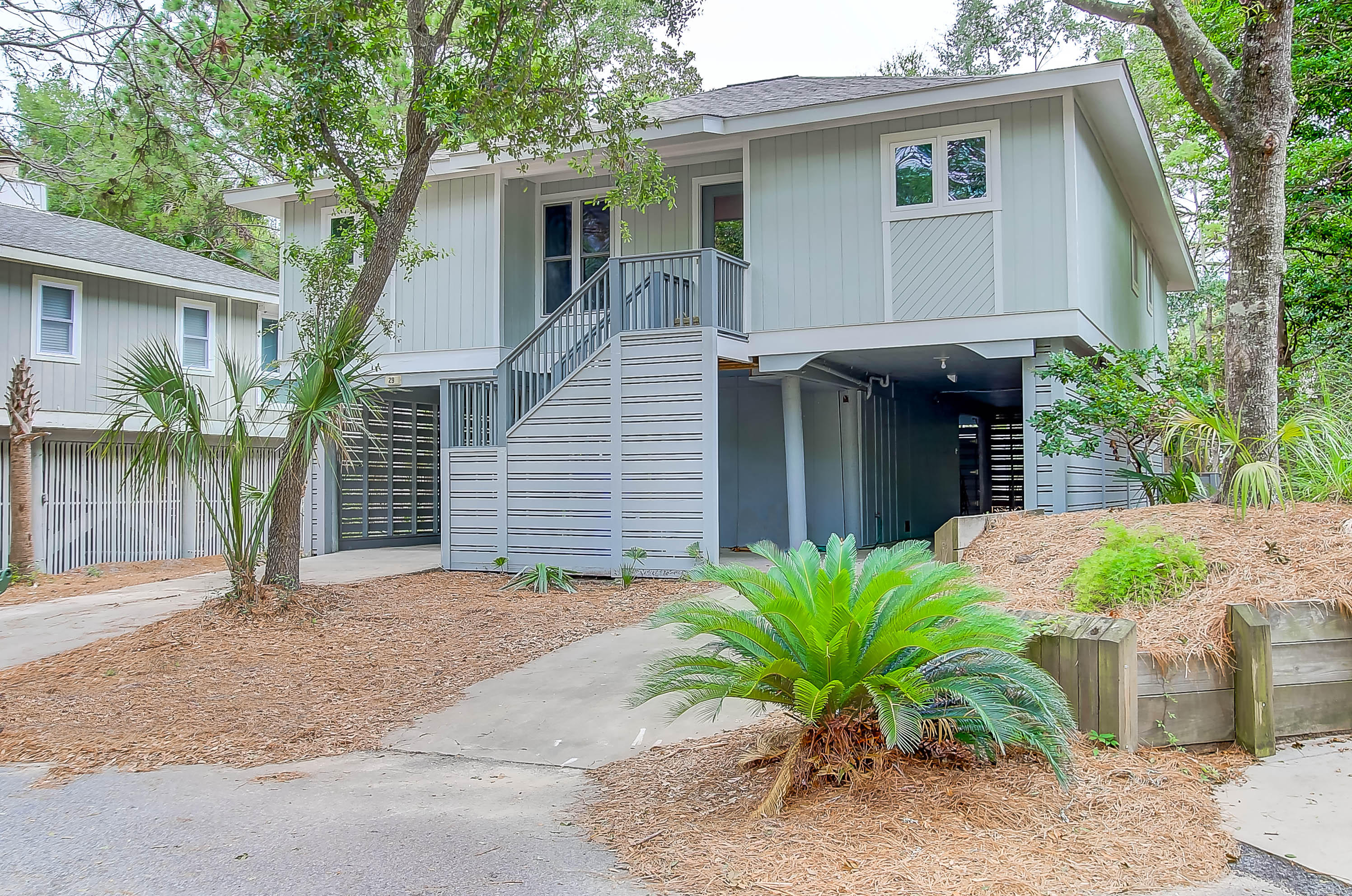 29 Twin Oaks Lane Isle Of Palms, SC 29451