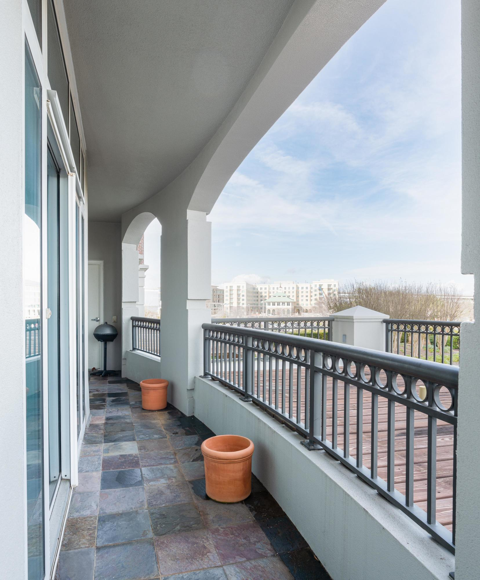 Renaissance On Chas Harbor Homes For Sale - 134 Plaza, Mount Pleasant, SC - 23