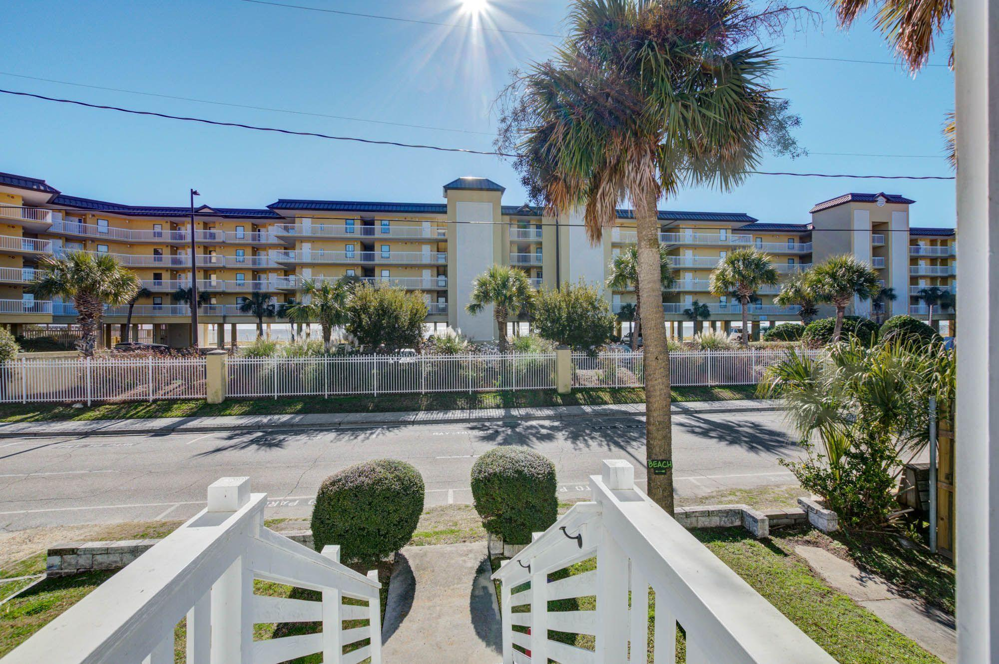 120 W Arctic Avenue Folly Beach, SC 29439