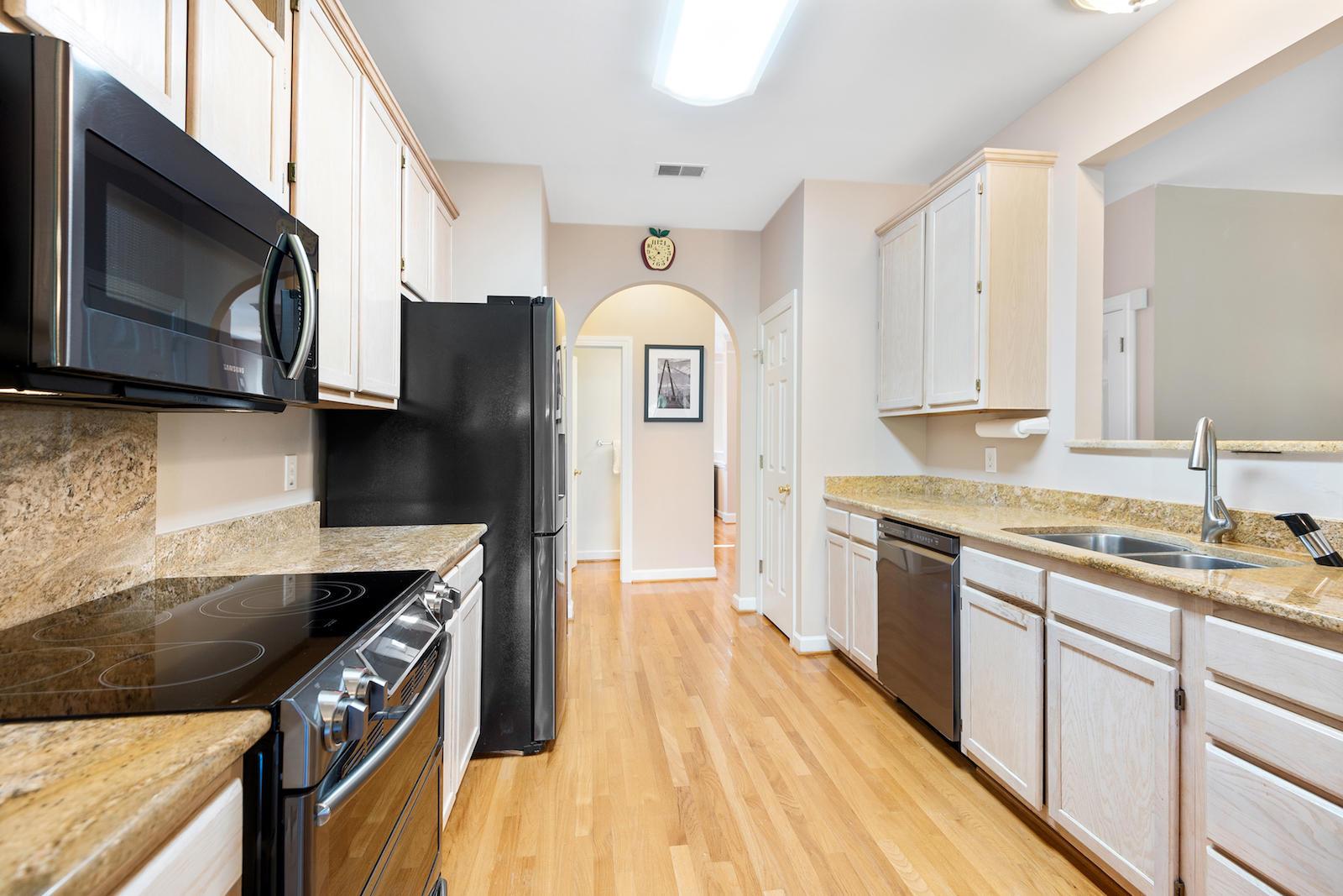 Belle Hall Homes For Sale - 195 Revetment, Mount Pleasant, SC - 7