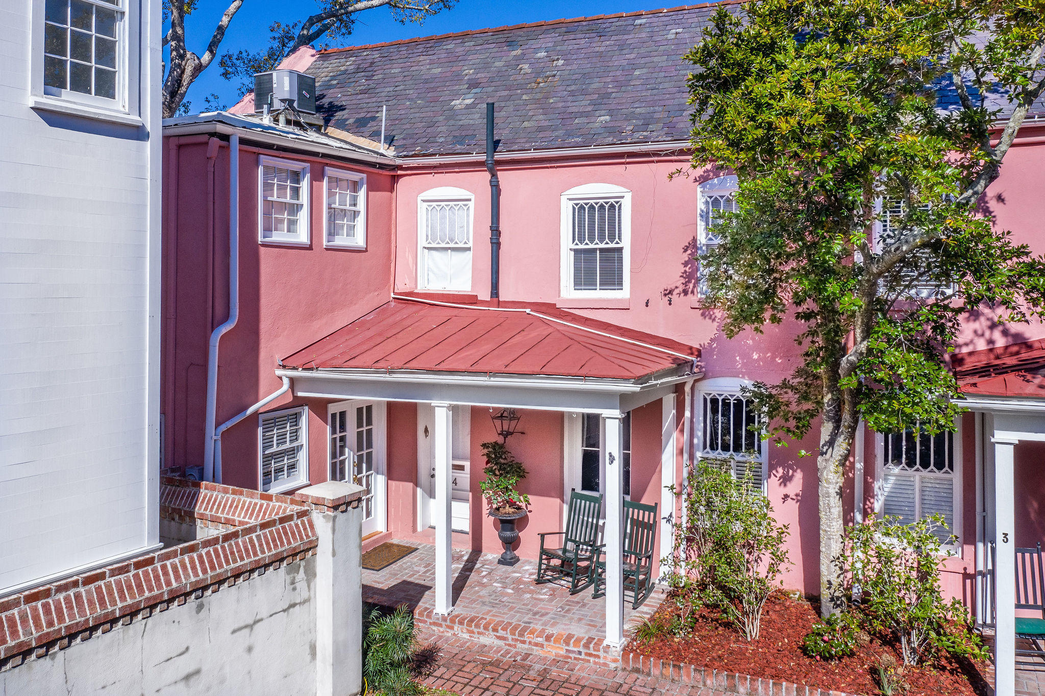 South of Broad Homes For Sale - 4 Weims, Charleston, SC - 1