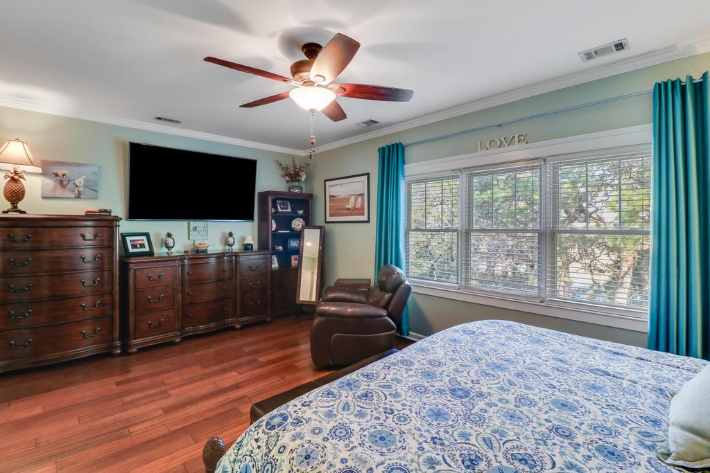 Etiwan Pointe Homes For Sale - 165 Etiwan Pointe, Mount Pleasant, SC - 2
