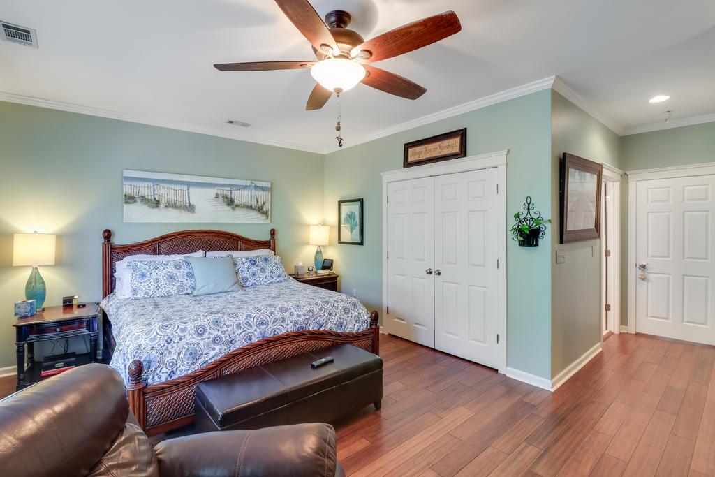 Etiwan Pointe Homes For Sale - 165 Etiwan Pointe, Mount Pleasant, SC - 1