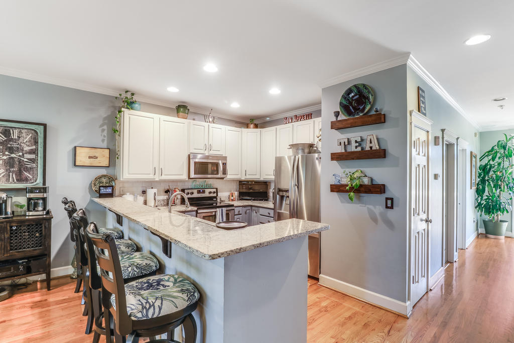 Etiwan Pointe Homes For Sale - 165 Etiwan Pointe, Mount Pleasant, SC - 16