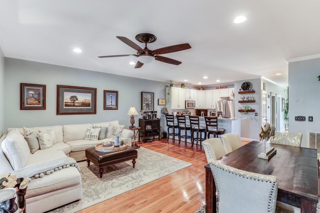 Etiwan Pointe Homes For Sale - 165 Etiwan Pointe, Mount Pleasant, SC - 12